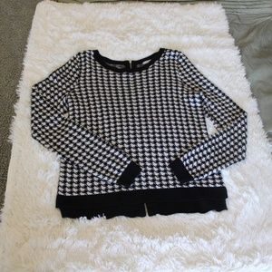Black & White Hounds Tooth Sweater